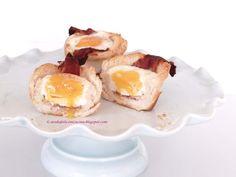 Arabafelice in cucina!: Muffins (finti) di pancarre' con uova e bacon, con le ali