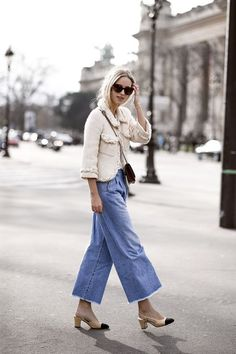 505c6dde2395 How to style Vintage-Style Jeans Denim Fashion