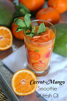 Carrot Mango Smoothie :: a healthy elixir for glowing summer skin by @Malinda L Southern Peach