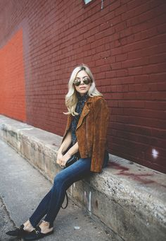 the suede brown jacket is BACK (and how to wear it) Brown Suede Jacket, Suede Moto Jacket, Victorian Collar, Perfect Fall Outfit, Cool Jackets, Sport Sandals, Ladies Dress Design, Winter Outfits, Winter Fashion