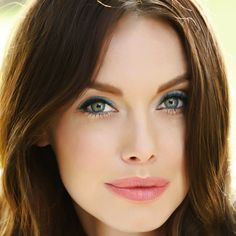 How gorgeous are our summer colors! The model is wearing Miami Spice Eyecolor Trio, Ocean Blue Soft Touch Eyeliner, and Sunny Side Bronzing Powder! Come in for your free summer makeover!