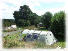 Camping 'Le Coq Hardi' in Noord-Bretagne. Leuke camping in een prachtig deel van Bretagne. Nederlandse eigenaren.