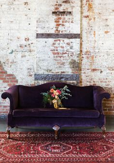 Pinspiration: Add A Touch Of Luxury With Velvet Decor Purple Velvet Couch, Exposed Brick Wall and Red Oriental Rug Make For A Stunning Color Combination Canapé Design, House Design, Design Trends, Design Styles, Design Ideas, Blog Design, Decor Styles, Decor Room, Diy Home Decor