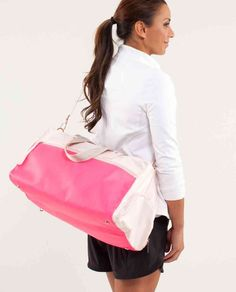 Lululemon Yoga On The Run Bag ~ Parfait Pink/Pinkelicious ~