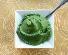 avocado and spirulina icing or pudding