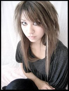 Hair Cuts Layers Emo Haircuts Ideas For 2019 Emo Girl Hairstyles, Emo Haircuts, Scene Haircuts, My Hairstyle, Formal Hairstyles, Hairstyle Ideas, Wedding Hairstyles, Cut Hairstyles, Medium Hair Cuts