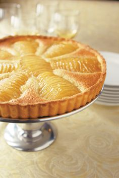 Poached Pear and Almond Tart - Thermador