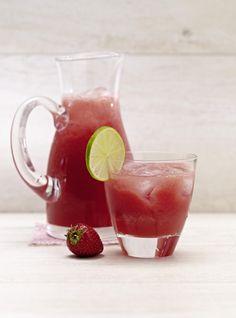 Unser beliebtes Rezept für Wassermelonen-Erdbeer-Limonade und mehr als 55.000 weitere kostenlose Rezepte auf LECKER.de.