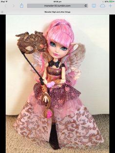 Ca cupid thronecoming doll