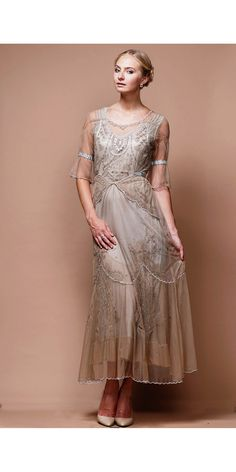 The Edwardian Vintage Wedding Dress in sand and silver by Nataya is an exquisite ankle-length dress perfect for your special day Vintage Outfits, Vintage Style Dresses, Dress Vintage, Edwardian Fashion, Vintage Fashion, Edwardian Style, Edwardian Dress, Plus Size Retro Dresses, Vintage Inspiriert