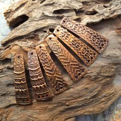 I've been busy making more embossed copper pieces, I really love the look and it's so much fun to find different shape and texture combinat. Metal Worx, Patina Metal, Mixed Metal Jewelry, Different Textures, Polymer Clay Art, Metal Clay, Mixed Metals, Clay Jewelry, Metal Working