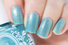 Takko Lacquer - Water (The Holo Hookup February 2016)