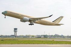 On October the world's longest nonstop flight route recommences: 19 hours from Singapore to New York. An Airbus ULR will enter service with Singapore Airlines Aviation News, Aviation Industry, Toulouse, Around The World Ticket, Newark Liberty International Airport, Sydney, Long Flights, New York, United Airlines