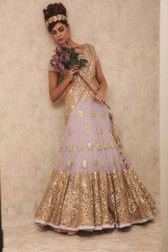 Lavender lehenga with gold work, Indian wedding #lehenga #desi