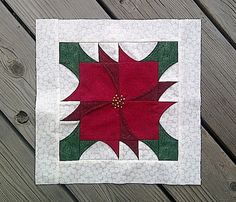 Pieced Poinsettia block <3 it