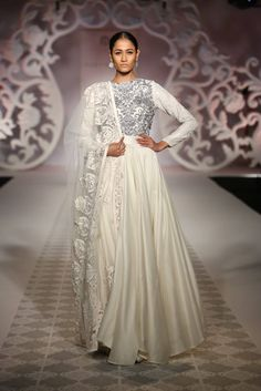 Varun Bahl India Moderne Collection Off-White #Anarkali With Silver Embroidery At ICW 2014.
