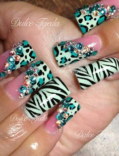Flared animal printed nails