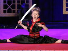 Ten-year-old Jesse Jane McParland brought her amazing martial arts skills to Ellen's show, all the way from Ireland. Watch her sharp moves right here!