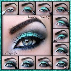 Maquillaje con azul