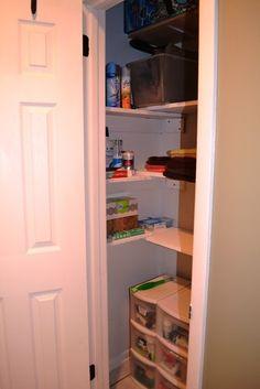 Charmant Mission Organization: The Deep Deep Linen Closet