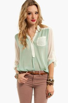 Compare and Contrast Button Down Blouse in Mint