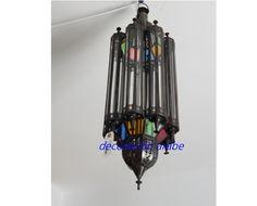 La iluminación tradicional marroquí ha producido esta bella lámpara de corte…