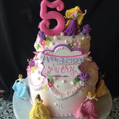 Princesses  #disney #princess #cakes #girly #royaltycakes