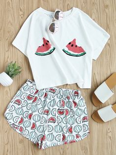 Shop Watermelon Print Tee And Shorts Set online. SheIn offers Watermelon Print Tee And Shorts Set & more to fit your fashionable needs. Cute Lazy Outfits, Summer Outfits, Girl Outfits, Fashion Outfits, Cute Pajama Sets, Cute Pajamas, Pyjama Sets, Shein Dress, Cute Sleepwear
