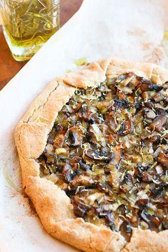 Rustic Mushroom Tart / Carla Hall Cookbook Giveaway - www.perrysplate.com