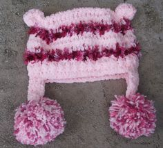 Gorro confeccionado em crochê cor- tons de rosa tamanhos - 0 a 3 / 3 a 6 / 6 a 9 / 9 a 12 meses. frete por conta do comprador. R$ 39,90