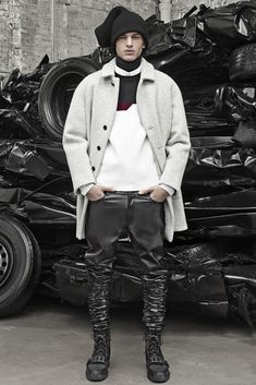Alexander Wang Men's RTW Fall 2014 - Slideshow - Runway, Fashion Week, Fashion Shows, Reviews and Fashion Images - WWD.com