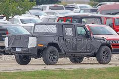 Great News for #JeepLovers !!! Jeep Wrangler pickup 2018 production ready and testing on the streets of Michigan.