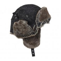 Barbour Bolam Tweed Hunter - £49.50 www.countryhouseoutdoor.co.uk/ - Familiar Hunter style hat in British wool tweed with tipped shearling fleece trim.