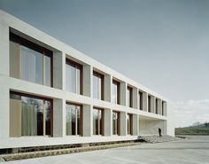 ADMINISTRATIVE AND SOCIAL BUILDING KARL KÖHLER by wittfoht architekten bda