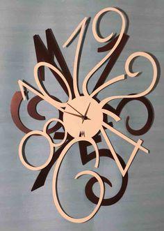 Relojes decorativos con diseños originales. Decoracion Beltran www.complementosdecoracion.com