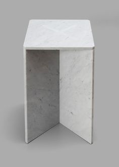 "Joe Doucet creates flat-pack ""snap fit"" marble furniture for the Cooper-Hewitt National Design Museum Marble Furniture, Modular Furniture, Design Furniture, Cool Furniture, Contemporary Couches, Console, Honed Marble, Design Museum, Modern Table"