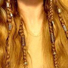 beaded viking braids maybe less commitment than dreads Hair Dos, Your Hair, Braided Hairstyles, Cool Hairstyles, Viking Hairstyles, 1940s Hairstyles, Mermaid Hairstyles, Viking Braids, Small Braids