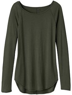 Shanti Top - The essential, lightweight, breathable layer in a loose silhouette to start your studio practice off right.