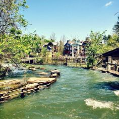 Great shot of the Lost River of the Ozarks at Silver Dollar City by our Instagram friend @juxta_p0sition #itsmyshow #branson @silverdollarcityattractions