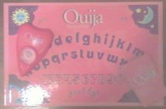 Daughters First Ouija Board! Hehe. I want it! - LR