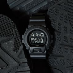 16b774148b2 G-SHOCK Unveils Latest Additions to Men s Black Out Series