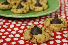 Healthier Peanut Butter Blossoms from the Lean Green Bean