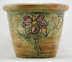 """WELLER FLEMISH/WOODCRAFT 7"""" x 9.25"""" JARDINIERE W/HIBISCUS BLOSSOMS Weller Pottery, Urn, Pottery Art, Hibiscus, Blossoms, Wood Crafts, Vases, Ebay, Flowers"""