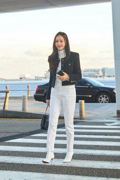 Blackpink Fashion, Daily Fashion, Fashion Outfits, Korean Airport Fashion, Korean Fashion, Jessica Jung Fashion, Asian Street Style, Pretty Korean Girls, Kpop Outfits