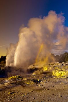 The 30 meter high Pohutu Geyser erupting, Te Puia (New Zealand Maori Arts & Crafts Institute), Whakarewarewa Thermal Valley, Rotorua, North Island, New Zealand.  Check out site for pix of Whakarewarewa Thermal Valley by Blain Harrington.