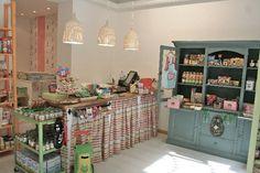 La Cocinita de Chamberí > Tienda de alimentos naturales y talleres de cocinapara niños. Chamberí