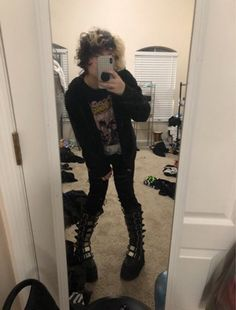 Androgynous Hair, Androgynous Fashion, Punk Fashion, Emo Outfits, Grunge Outfits, Alternative Outfits, Alternative Fashion, Punk Boy, Estilo Grunge