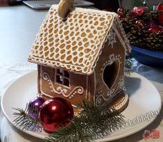 Mézeskalács-házikó - Kreatív+Hobby Alkotóműhely Gingerbread, Bird, Outdoor Decor, Christmas, Home Decor, Noel, Xmas, Decoration Home, Room Decor