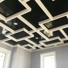Custom drywall pattern finished with black grassello venetian