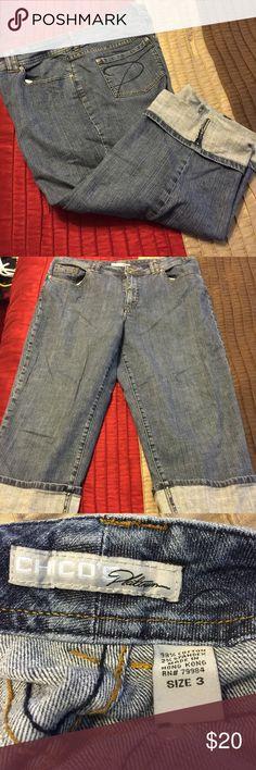 Chico's Platinum Capris Size 3 denim Chico's Platinum Capris.  In good condition. Chico's Jeans Ankle & Cropped